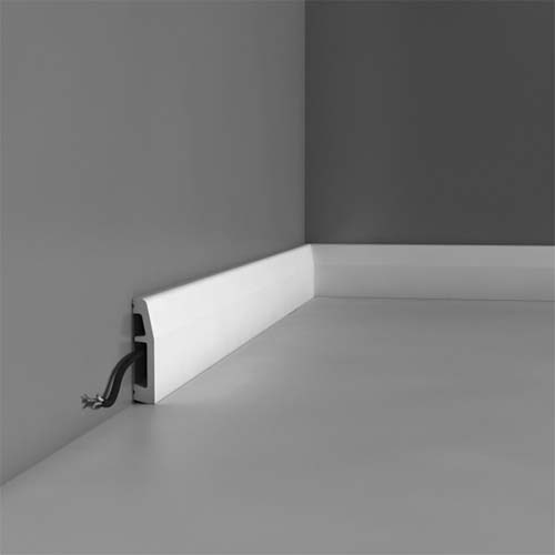 Plastic skirting boards for bathrooms and kitchens orac for Bathroom design board